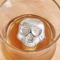 Skull Whiskey Rocks Set