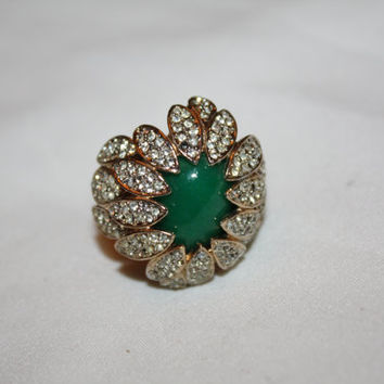 Vintage Rhinestone Ring Cocktail Green Starburst 1970s Costume Jewelry