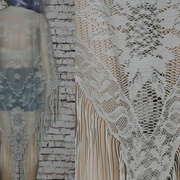 70s Lace Shawl Fringe Floral Victorian Steampunk Gypsy Stevie Nicks festival boho Prairie Revival hipster Ivory Off White Kimono fringe Lace