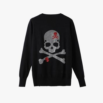 Brand Diamonds Gun Skull Women knitted Cardigans 2017 long sleeve single breasted women sweater plus size female outwear Girls