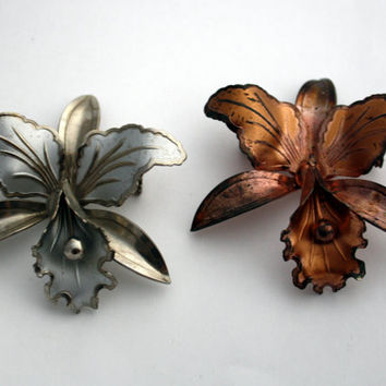 2 Vintage Iris Flower Brooches, Silver Tone & Copper Tone