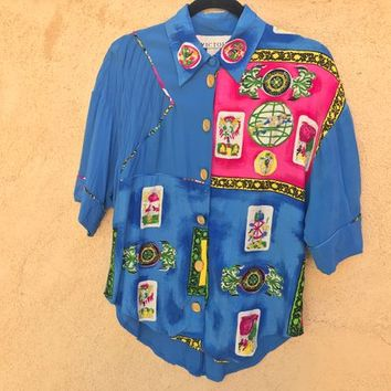 Vtg VICTOIRE Ladies Collared Blouse / Blue with Abstract Colorful Artistic Design / Large Gold Tone Buttons / Loose Fitting / Half Sleeves