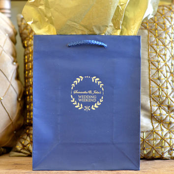35 Personalized Wreath Border Hotel Wedding Welcome Bags