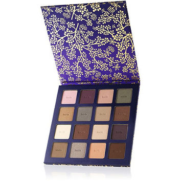 Online Only Bow & Go Limited Edition Eye Shadow Palette