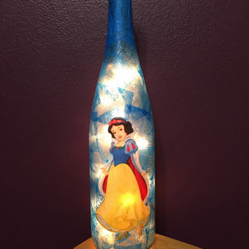 Snow White wine bottle lamp