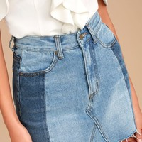 EVIDNT Tammy Medium Wash Cutoff Denim Mini Skirt