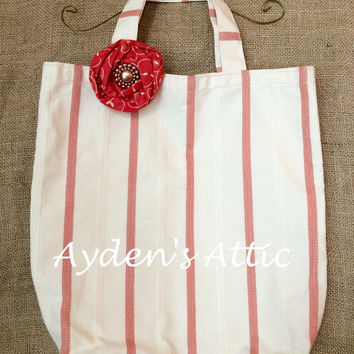 Country pink tote with matching brooch pin/hair clip. Fabric tote. Teacher gift. Library bag. Mother's Day. Reusable grocery bag