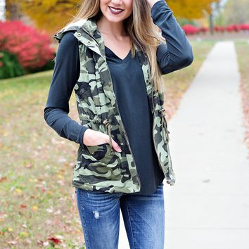 * Under A Rock Camo Vest With Hood