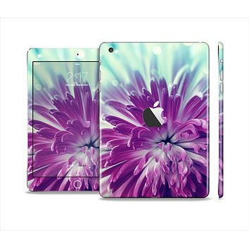 The Vivid Purple Flower Skin Set for the Apple iPad Mini 4