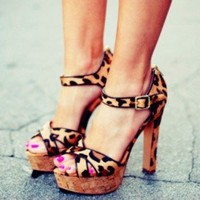 Pops of Leopard for Spring + Summer