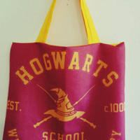Harry - potter - wizard - witch - Hogwarts - witchcraft - wizardry - slytherin -  Gryffindor - purse - tote - bag