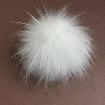 Arctic Fox White Faux Fur Pom Poms for Toques Beanies Hats Keychains Purse Fob Charm Vegan Fake Plush Super  Soft Long Pile Craft Supply