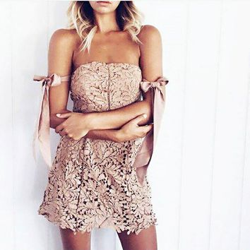 Sexy Strapless Floral Lace Party Dress