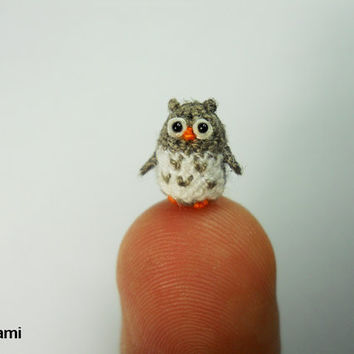 Micro Gray Owl  Mini Tiny Dollhouse Miniature Bird  Made by suami