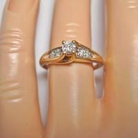 Vintage 14K .30 CTW Diamond Engagement Ring Size 7