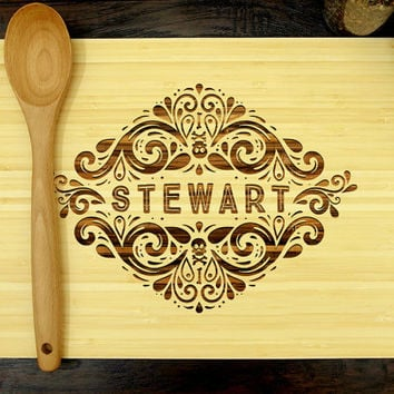 Personalized Cutting Board, Custom Wedding Gift, Anniversary Gift, Skull Design, Groomsmen Gifts, Housewarming Gifts, Wedding Decor
