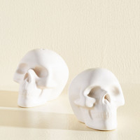 A Pinch of Skull Shaker Set | Mod Retro Vintage Kitchen | ModCloth.com