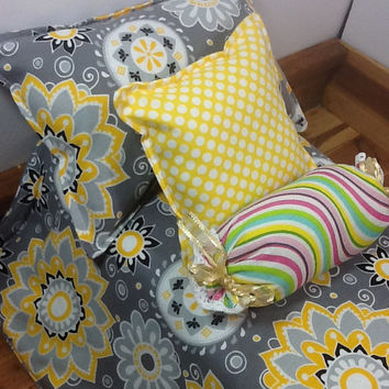 "Doll Bedding for 18"" dolls,  Comforter with 2 pillows, 1 bolster, grey and yellow flower pattern, grey with large  dots on back"
