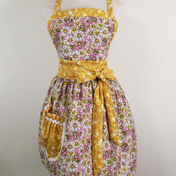 Womans Full Apron--Daisies Trimmed in Yellow--#59