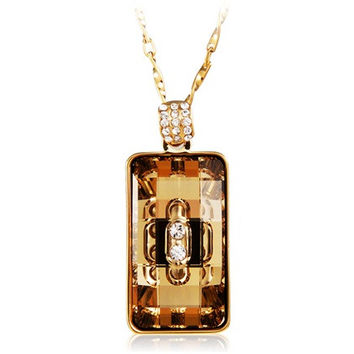 Yunxiu Square Cut Crystal Pendant Necklace