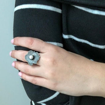 Hipster silver ring, oxidised silver ring with white, sweet water pearl, black silver white stone ring, boho silver statement ring,
