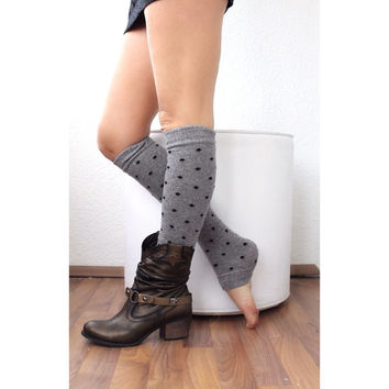 Leg Warmers with pom pom, legging. Yoga. Boot cuffs, Black with dots, legwarmers, sock