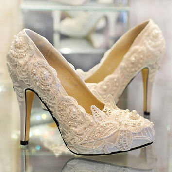 New Ivory lace shoes, handmade lace bridal shoes, Ivory lace wedding shoes, Ivory lace shoes,bling lace shoes in handmade