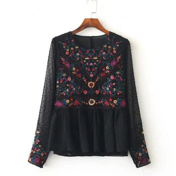 ONETOW 2017 Floral Embroidery Women Blouses O-Neck Long Sleeve Black Shirts Plus Size  Seersucker Chiffon Blouse BBWM16169