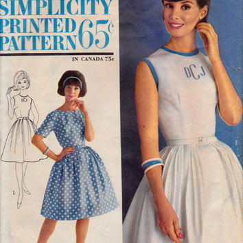 SALE 1960s Misses Swing Skirt Dress Mad Men Womens Vintage Sewing Pattern Simplicity 4973 Bust 34""