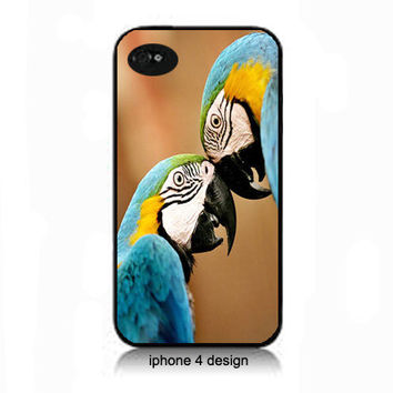 Love Birds  iphone 4 case, Iphone case, Iphone 4s case, Iphone 4 cover, i phone case, i phone 4s case