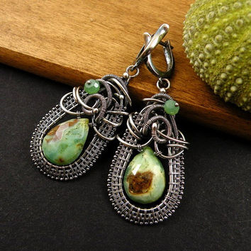 Chrysoprase wire wrap earring , gemstone fine jewelry , green sterling silver earring , wire wrap jewelry