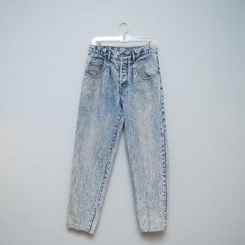 1980's Vintage Acid/Stonewashed Men's GAP Light Denim Jeans - Button Fly, Pleated, Tappered Ankle
