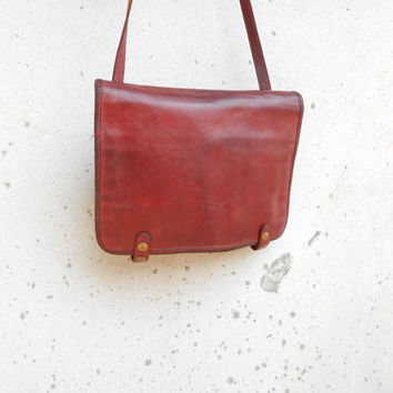 Vintage Leather Bag IL BISONTE Cherry Red Leather Crossbody Bag / Medium / Made in Italy / For Women