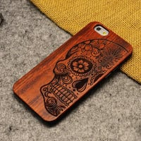 Skull Wood Case Skull head Wooden New Cover Carving flower Patterns Wood Slice Plastic Edges Back Cover for Iphone 6 case iPhone 6 Plus