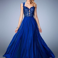 A-Line/Princess Sweetheart Sweep Train Chiffon Prom Dress With Appliques Lace
