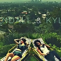 Kendall and Kylie Jenner prove they're hardly in ... - inspiring picture on Favim.com
