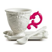 Baroque Style Porcelain Coffee Cup In Fuschia