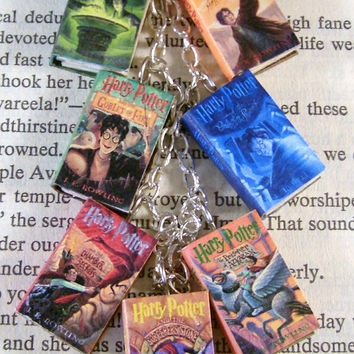 Harry Potter Miniature Classic Novels Book Charm Bracelet US Version