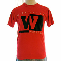 Vintage Amazing 80s WISCONSIN BADGERS GRAPHIC College Football Sports Red Small Unisex 50/50 T-Shirt