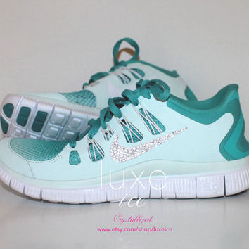 NIKE run free 5.0 breathe running shoes w/Swarovski Crystals detail - Light Mint Size 7