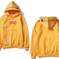 The embroidery Champion's champion cotton long sleeve and hooded hoodie coat sweater yellow
