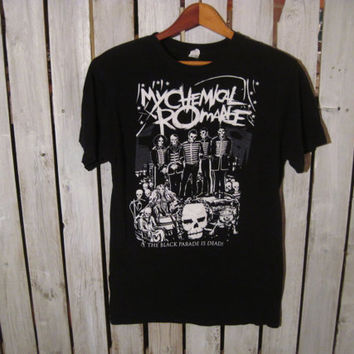 My Chemical Romance, The Black Parade is Dead T-Shirt, Size Small. Cool T-Shirt!