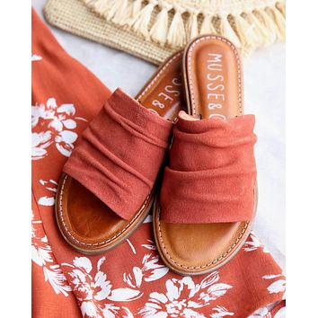 musse & cloud - kennice mule flat sandal in suede Tile Brick / Tej