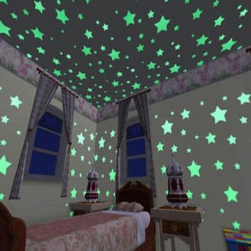100 pcs Stars Wall Stickers Glow in The Dark