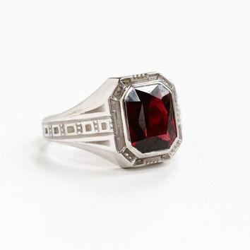 Vintage 10k White Gold Garnet Ring - Art Deco 1930s Size 7 3/4 Art Deco 1930s Dark Red Maroon Gem Geometric Class Ring Style Fine Jewelry