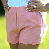Scalloped Shorts - Coral