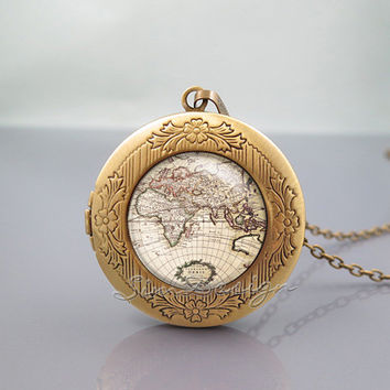 World Map Photo Locket Necklace, Vintage Old World Map, vintage pendant Locket Necklace