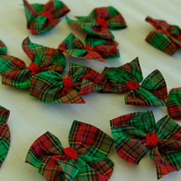 12 Cute 4cm RED & GREEN Tartan Scottish Christmas Craft Bow Embellishment