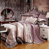 BOHO QUEEN COACHELLA BEDSET - silk/lace and limited edition piece!
