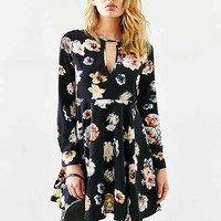 Oh My Love She Loves Tea Floral Dress